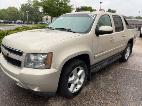 2008 Chevrolet Avalanche for sale at CHRISTIAN AUTO SALES in Anoka MN