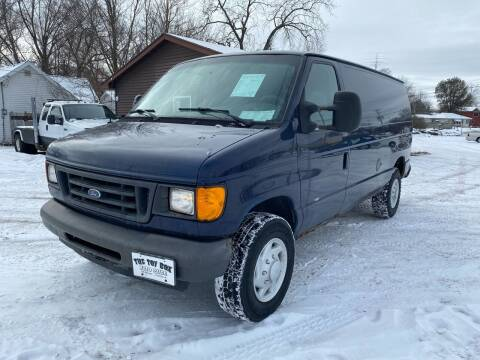 2007 Ford E-Series Cargo for sale at Toy Box Auto Sales LLC in La Crosse WI