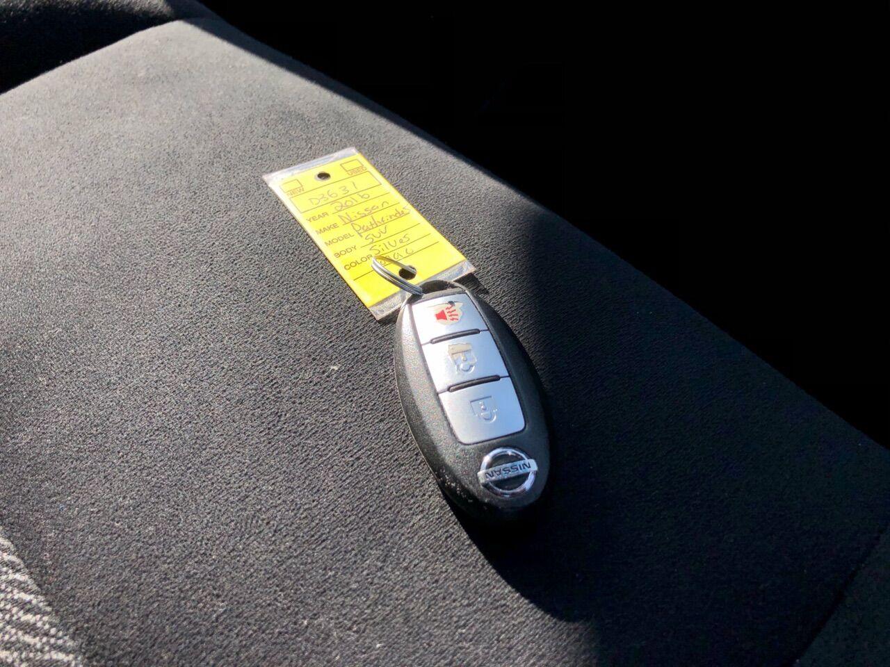 2012 Nissan Pathfinder Sport Utility