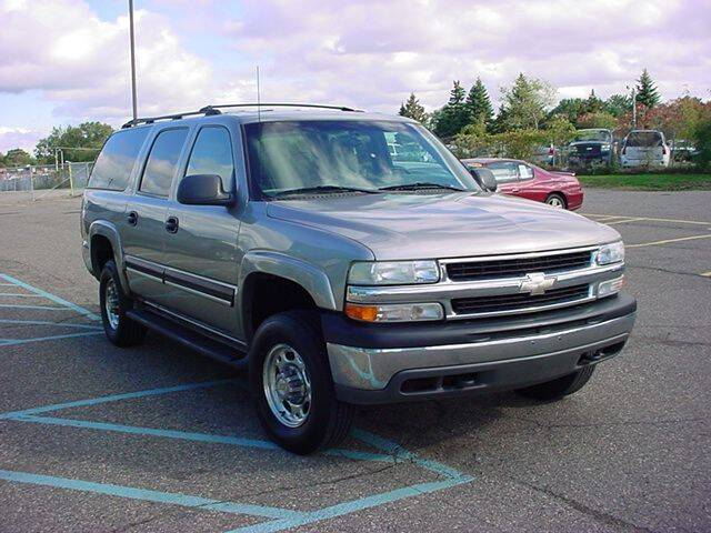 2001 Chevrolet Suburban for sale at VOA Auto Sales in Pontiac MI