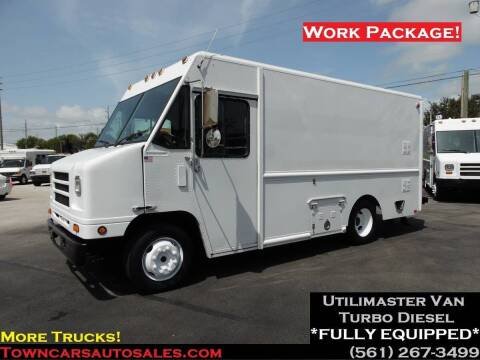 2007 International Utilimaster Step Van for sale at Town Cars Auto Sales in West Palm Beach FL