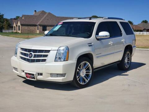 2013 Cadillac Escalade for sale at Chihuahua Auto Sales in Perryton TX