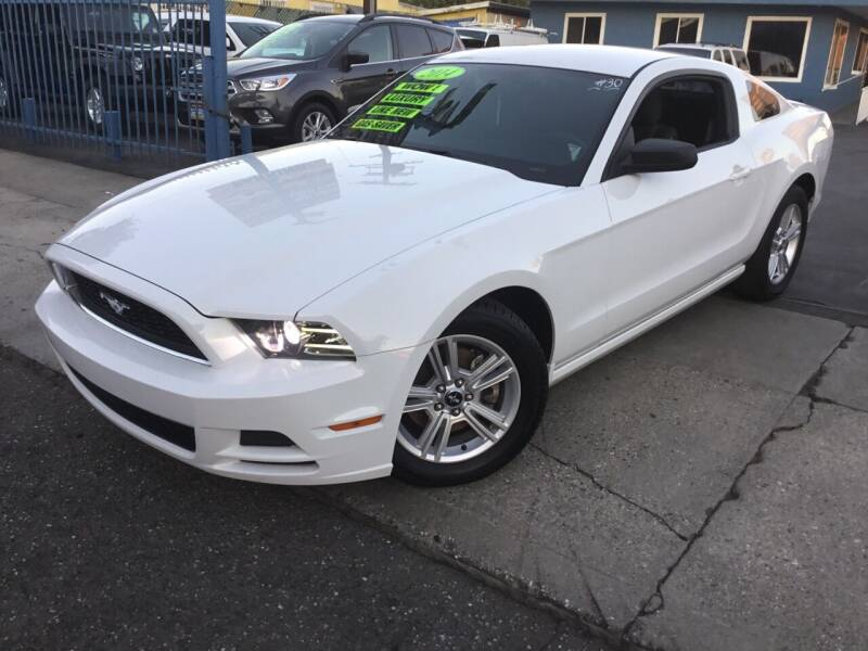 2014 Ford Mustang for sale at LA PLAYITA AUTO SALES INC in South Gate CA