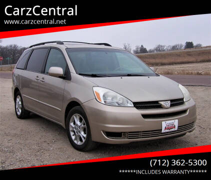 2004 Toyota Sienna for sale at CarzCentral in Estherville IA