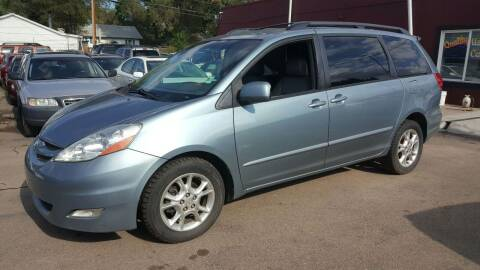 2006 Toyota Sienna for sale at B Quality Auto Check in Englewood CO
