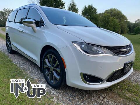 2017 Chrysler Pacifica for sale at LA Auto & RV Sales and Service in Lapeer MI