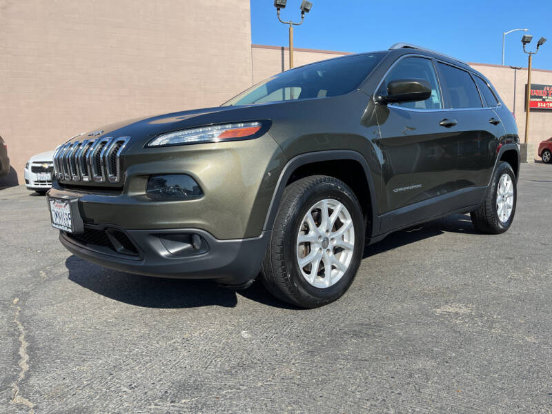 2015 Jeep Cherokee for sale at Cars 2 Go in Clovis CA
