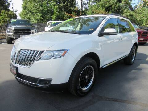 2013 Lincoln MKX for sale at LULAY'S CAR CONNECTION in Salem OR