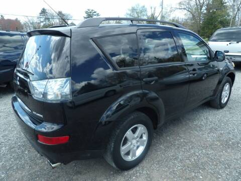 2007 Mitsubishi Outlander for sale at English Autos in Grove City PA