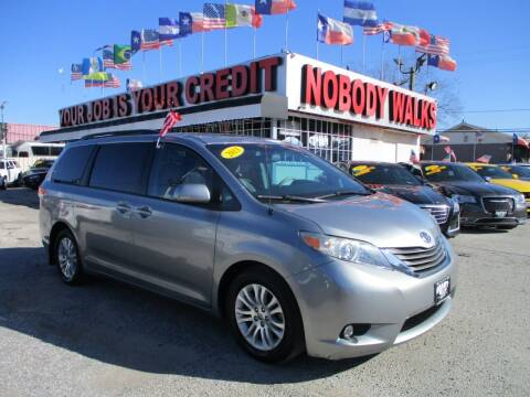 2013 Toyota Sienna for sale at Giant Auto Mart 2 in Houston TX