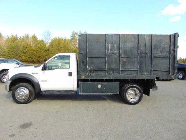 2006 Ford F-550 Super Duty for sale at E & M AUTO SALES in Locust Grove VA