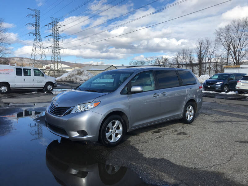 2012 Toyota Sienna for sale at Deals on Wheels in Nanuet NY