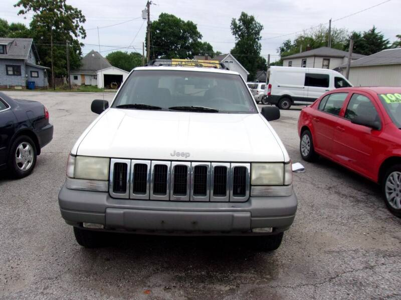 1997 Jeep Grand Cherokee for sale at Car Credit Auto Sales in Terre Haute IN