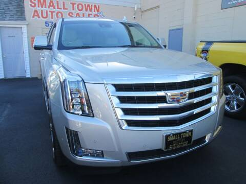 2017 Cadillac Escalade for sale at Small Town Auto Sales in Hazleton PA