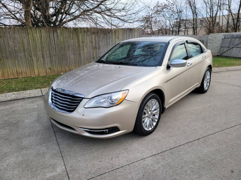 2013 Chrysler 200 for sale at Harold Cummings Auto Sales in Henderson KY