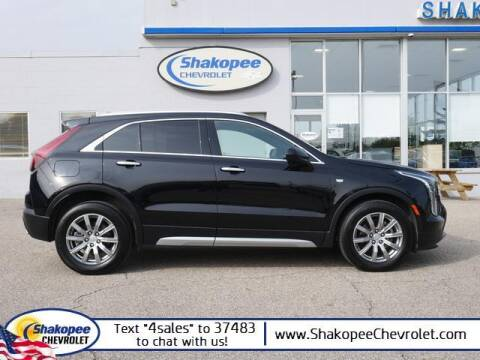2020 Cadillac XT4 for sale at SHAKOPEE CHEVROLET in Shakopee MN