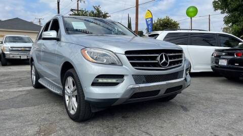 2013 Mercedes-Benz M-Class for sale at Tristar Motors in Bell CA