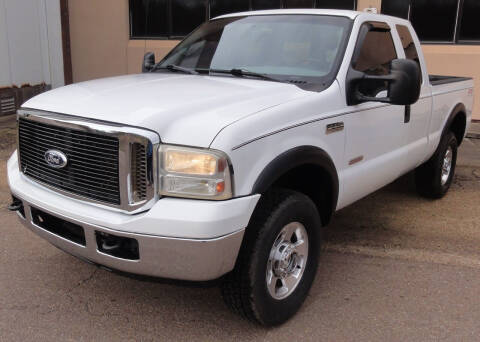 2006 Ford F-250 Super Duty for sale at JACKSON LEASE SALES & RENTALS in Jackson MS