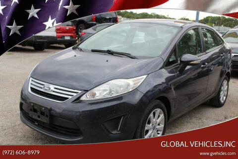 2013 Ford Fiesta for sale at Global Vehicles,Inc in Irving TX