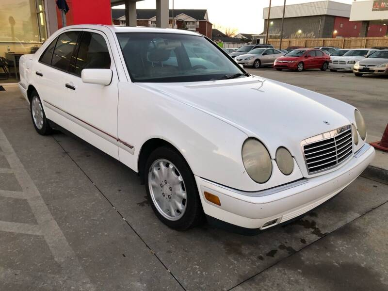 1997 Mercedes-Benz E-Class for sale at Thumbs Up Motors in Warner Robins GA