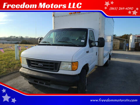 2004 Ford E-Series Chassis for sale at Freedom Motors LLC in Knoxville TN