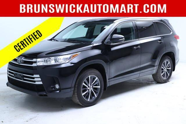 2018 Toyota Highlander for sale in Brunswick, OH