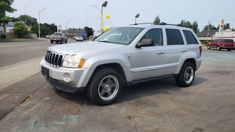 2005 Jeep Grand Cherokee for sale at Good Guys Used Cars Llc in East Olympia WA