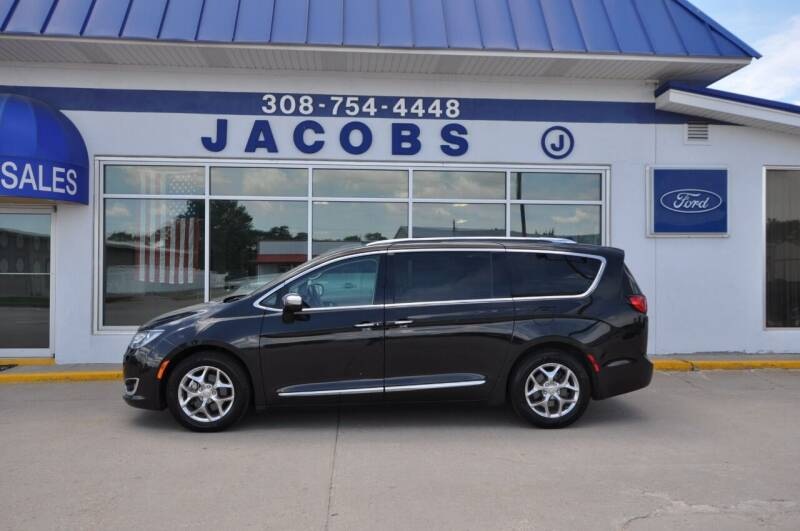 2018 Chrysler Pacifica for sale at Jacobs Ford in Saint Paul NE