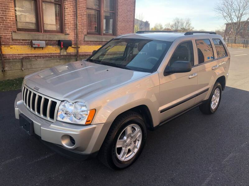 2007 Jeep Grand Cherokee for sale at Tony Luis Auto Sales & SVC in Cumberland RI