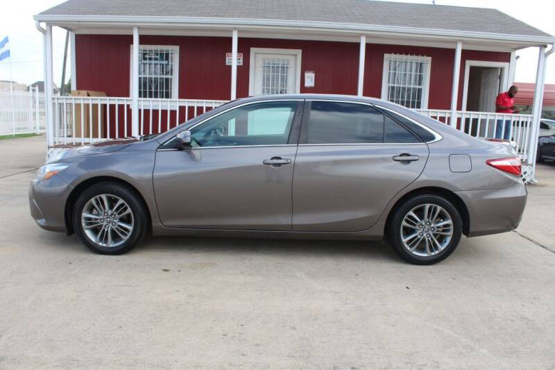2016 Toyota Camry for sale at AMT AUTO SALES LLC in Houston TX