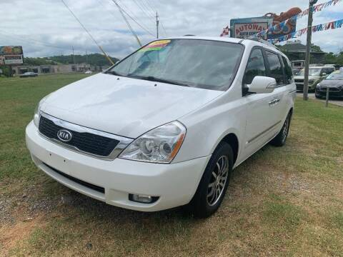 2012 Kia Sedona for sale at Autoway Auto Center in Sevierville TN