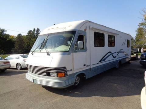 1995 Chevrolet Motorhome Chassis for sale at COUNTRYSIDE AUTO INC in Austin MN