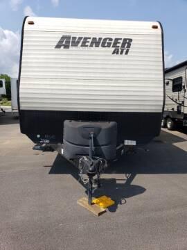 2017 Forest River Avenger 27DBS for sale at Ultimate RV in White Settlement TX