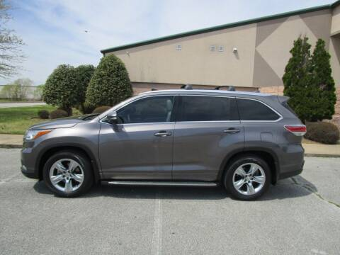 2015 Toyota Highlander for sale at JON DELLINGER AUTOMOTIVE in Springdale AR