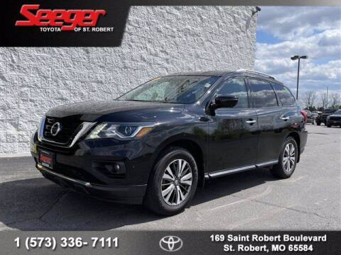 2017 Nissan Pathfinder for sale at SEEGER TOYOTA OF ST ROBERT in St Robert MO