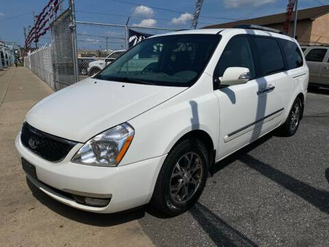 2014 Kia Sedona for sale at The PA Kar Store Inc in Philladelphia PA
