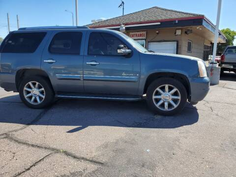 2008 GMC Yukon for sale at Geareys Auto Sales of Sioux Falls, LLC in Sioux Falls SD