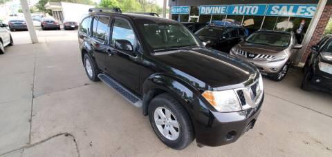 2009 Nissan Pathfinder for sale at Divine Auto Sales LLC in Omaha NE