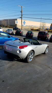 2007 Pontiac Solstice for sale at Country Auto Sales in Boardman OH