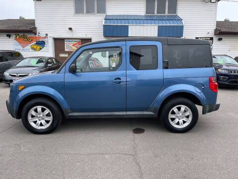2006 Honda Element for sale at Twin City Motors in Grand Forks ND