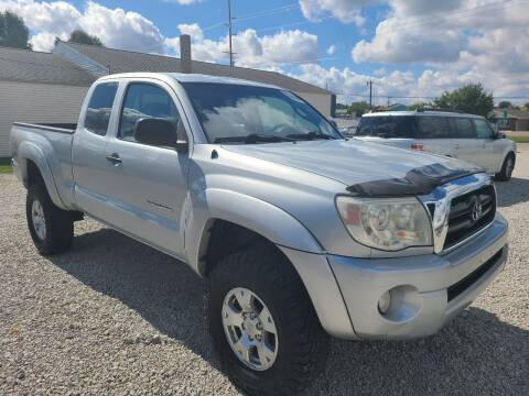 2005 Toyota Tacoma for sale at Davidson Auto Deals in Syracuse IN