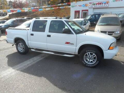 2003 GMC Sonoma for sale at Ricciardi Auto Sales in Waterbury CT