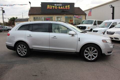 2013 Lincoln MKT for sale at BANK AUTO SALES in Wayne MI