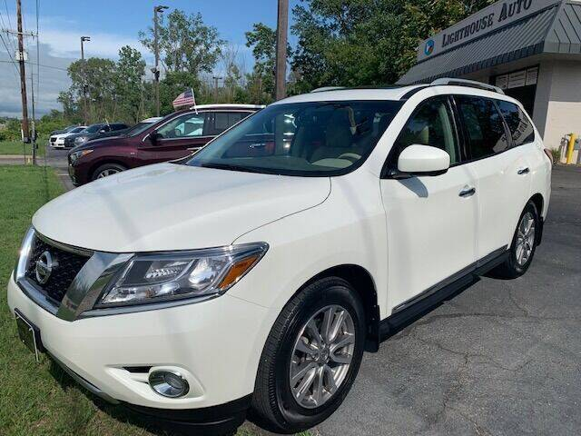 2015 Nissan Pathfinder for sale at Lighthouse Auto Sales in Holland MI
