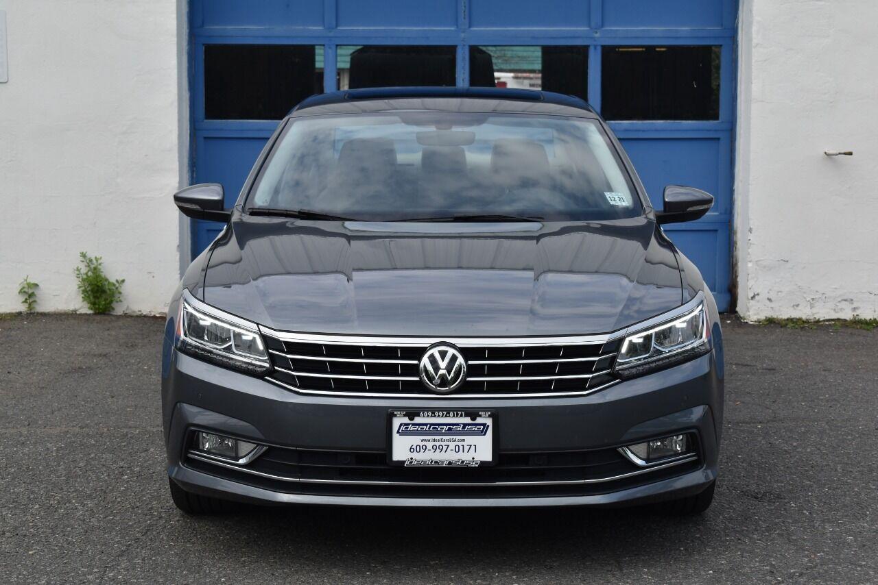 2017 Volkswagen Passat 1.8T SE 4dr Sedan w/Technology full
