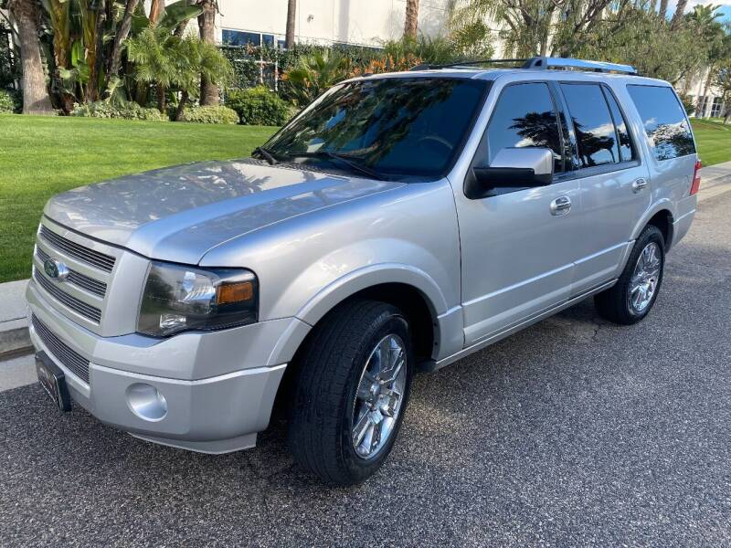 2010 Ford Expedition for sale at Donada  Group Inc in Arleta CA