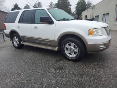 2004 Ford Expedition for sale at Ron's Used Cars in Sumter SC