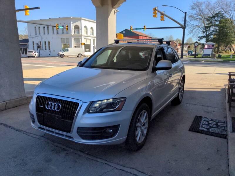 2009 Audi Q5 for sale at ROBINSON AUTO BROKERS in Dallas NC