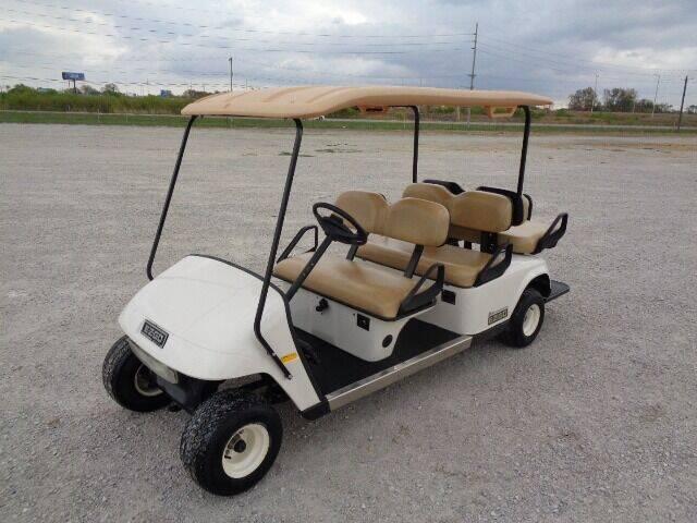 2006 E-Z-GO TXT 6 Passenger Gas Golf Cart for sale at SLD Enterprises LLC in Sauget IL