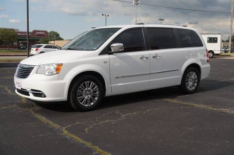 2014 Chrysler Town and Country for sale at Certified Auto Center in Tulsa OK